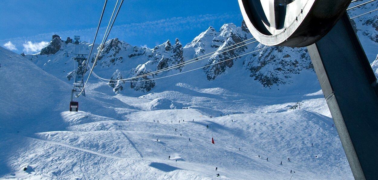 Ubezpieczenie narciarskie do Francji
