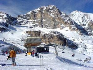 Wyciąg narciarski w Dolomitach